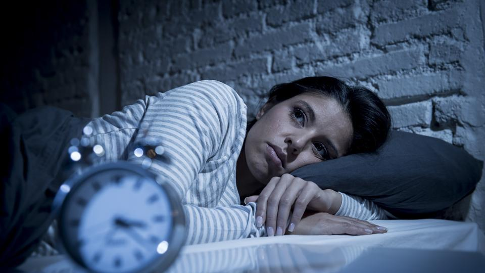 Treat Insomnia with hypnosis